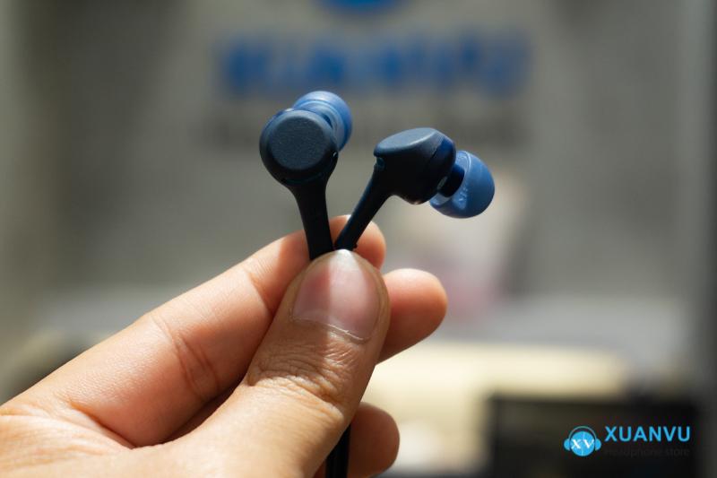 Tai nghe Bluetooth Sony WI-XB400