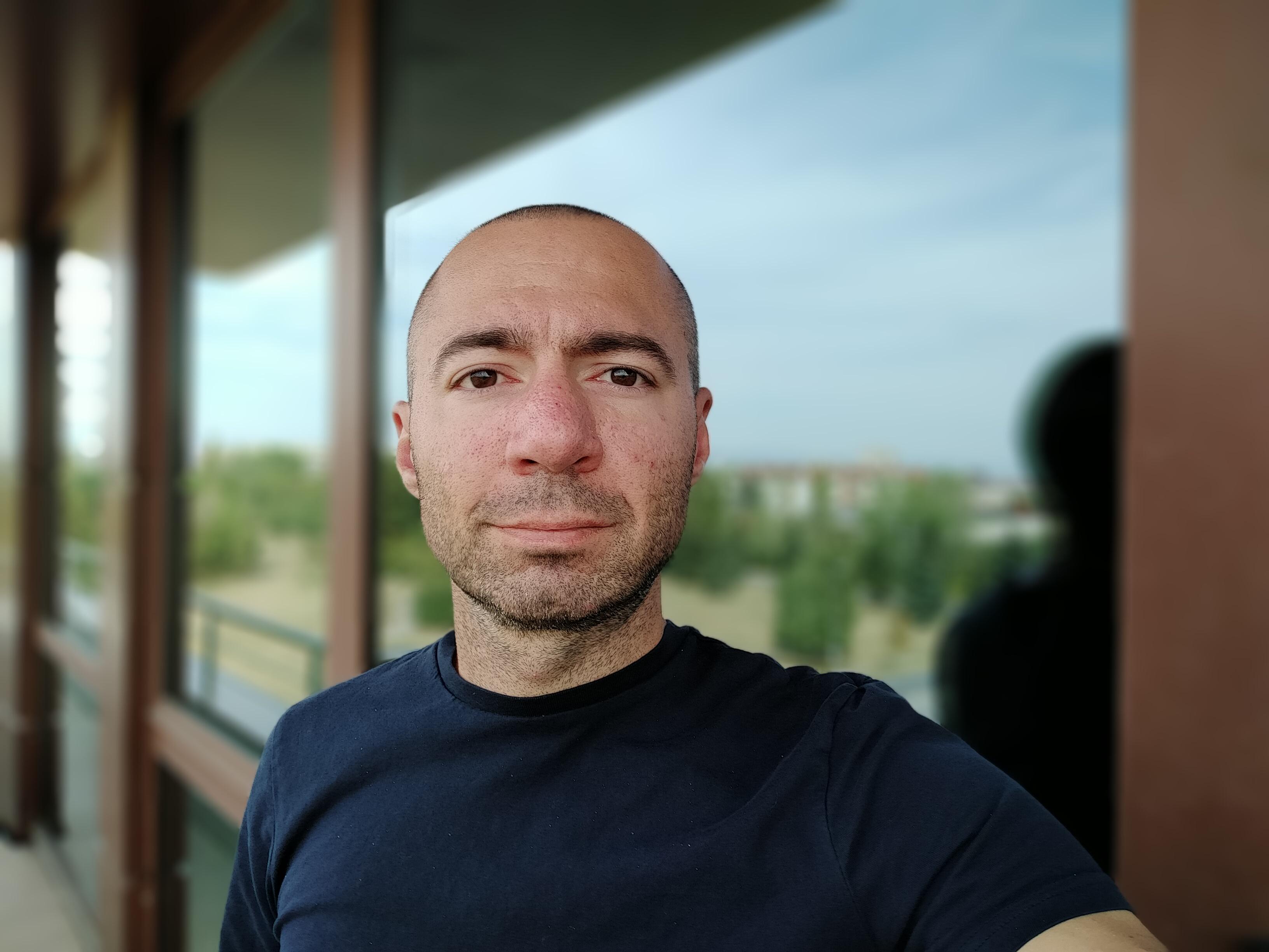 Sforum - Trang thông tin công nghệ mới nhất gsmarena_124 Đánh giá Realme 5: Thiết kế cao cấp, họa tiết lưng đẹp mắt, 4 camera linh hoạt, giá chỉ 3,990,000 đồng