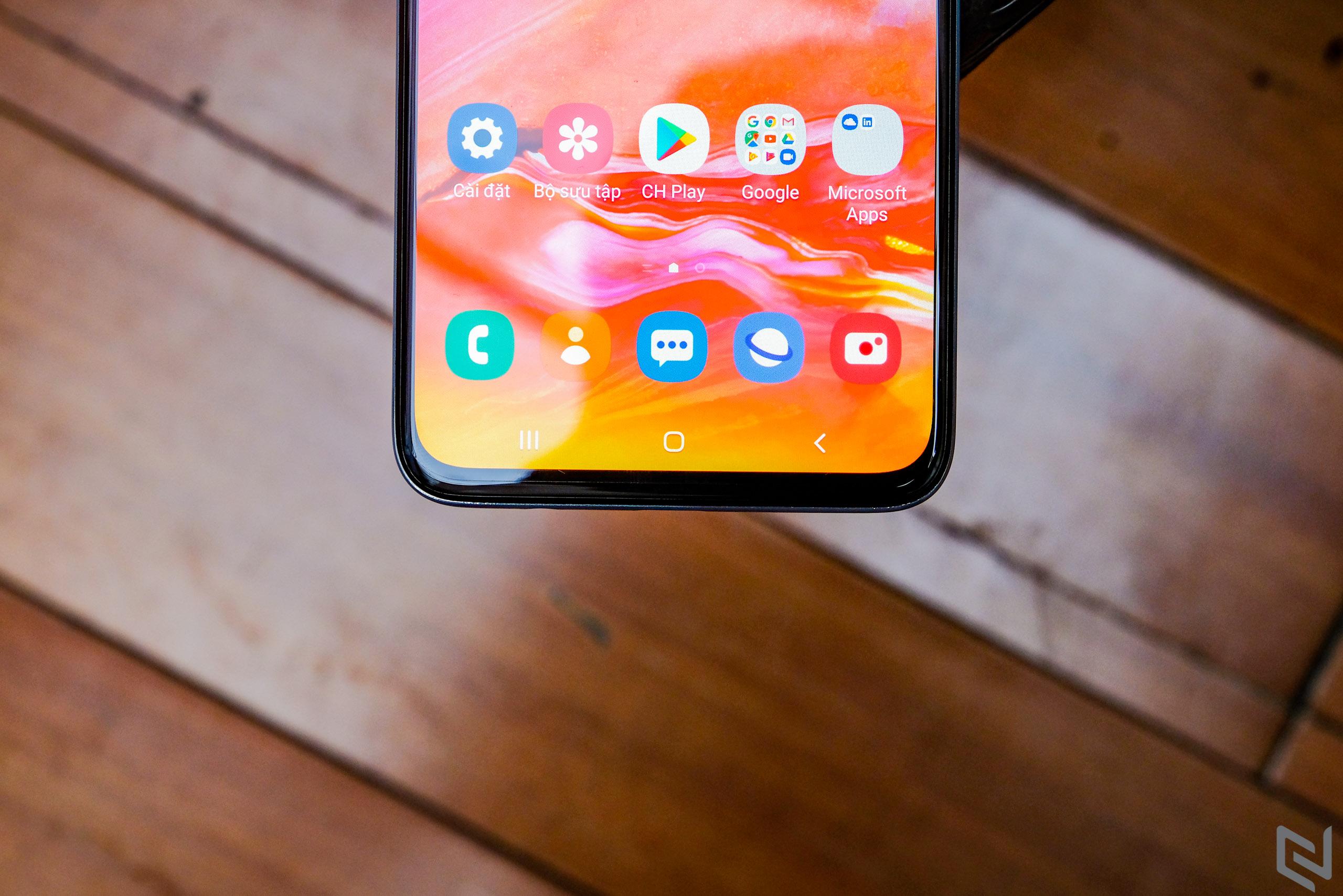 Samsung Galaxy A70: Vẹn toàn trong tầm giá