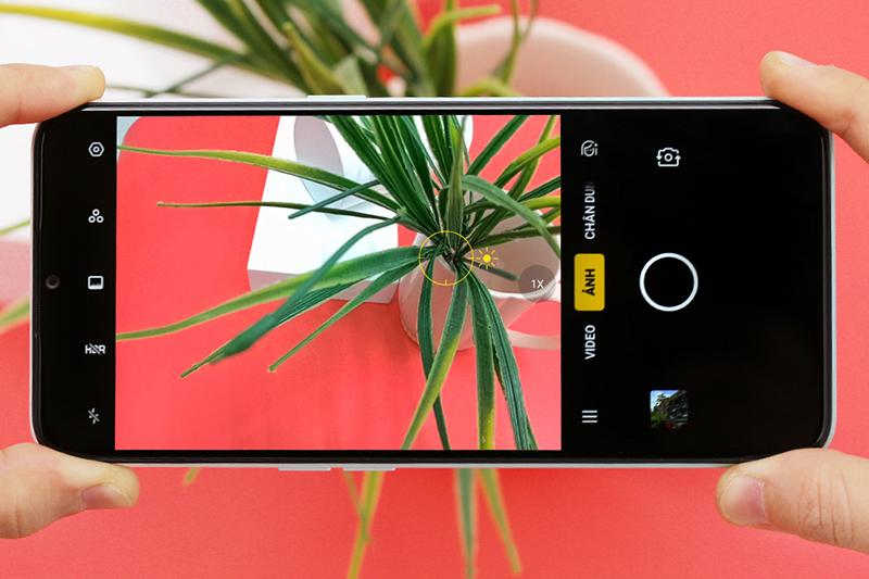 Điện thoại OPPO A31 | Giao diện camera sau