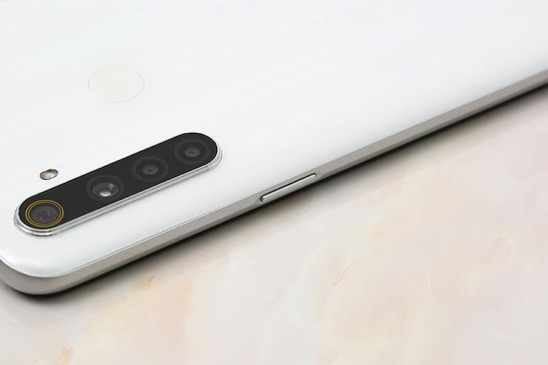 Điện thoại Realme 6i | Thiết kế cạnh viền