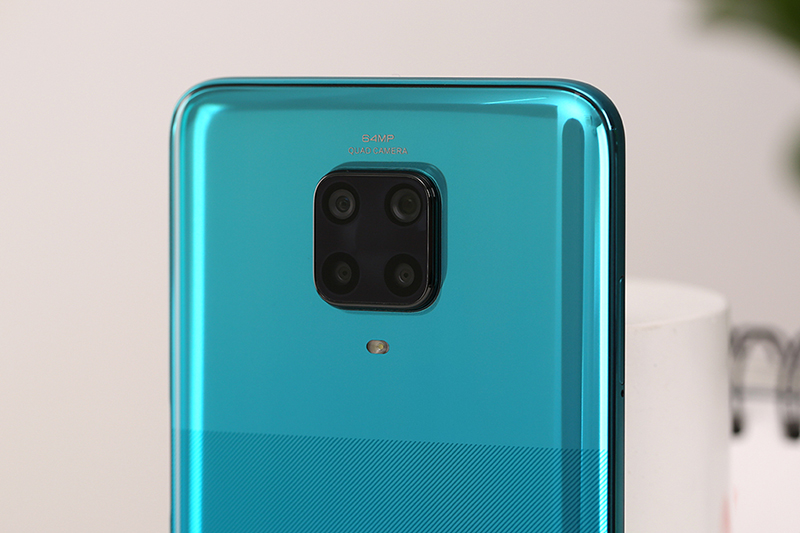 Phiên bản màu xanh được thiết kế đặc biệt - Xiaomi Redmi Note 9 Pro (6GB/128GB)