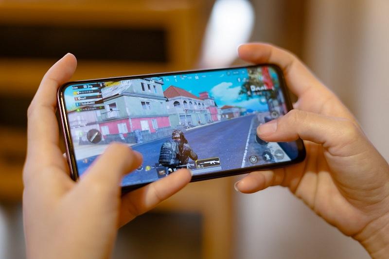 điện thoại chơi game vivo Y50