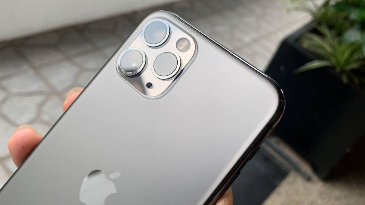 Điện thoại xách tay là gì?