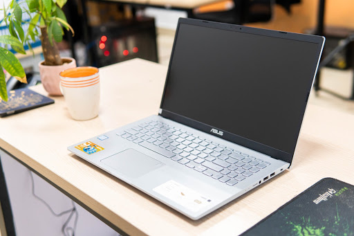 Laptop tầm giá 10 triệu đáng mua và cách lựa chọn Laptop tốt