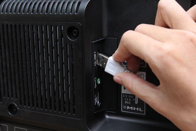 Cách đơn giản để kết nối chuột, bàn phím với Android tivi Sony 2015