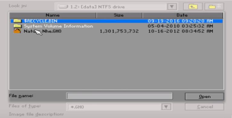 chọn đường dẫn tới file ghost Win 10 đã lưu trên máy rồi bấm Open để mở