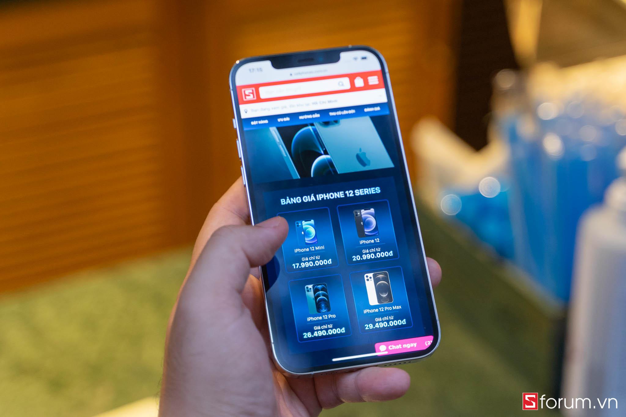Sforum - Trang thông tin công nghệ mới nhất iPhone-12-pro-max-logo-13 Đánh giá iPhone 12 Pro Max: Thiết kế sang trọng, cấu hình mạnh mẽ cùng camera ấn tượng