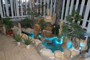 Hướng dẫn chọn đèn LED âm nước trang trí hòn non bộ sân vườn