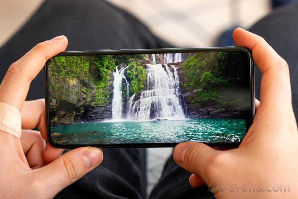 """Sforum - Trang thông tin công nghệ mới nhất danh-gia-Redmi-Note-10-11 Đánh giá Redmi Note 10: Smartphone hơn 5 triệu của Xiaomi có gì """"hot""""?"""