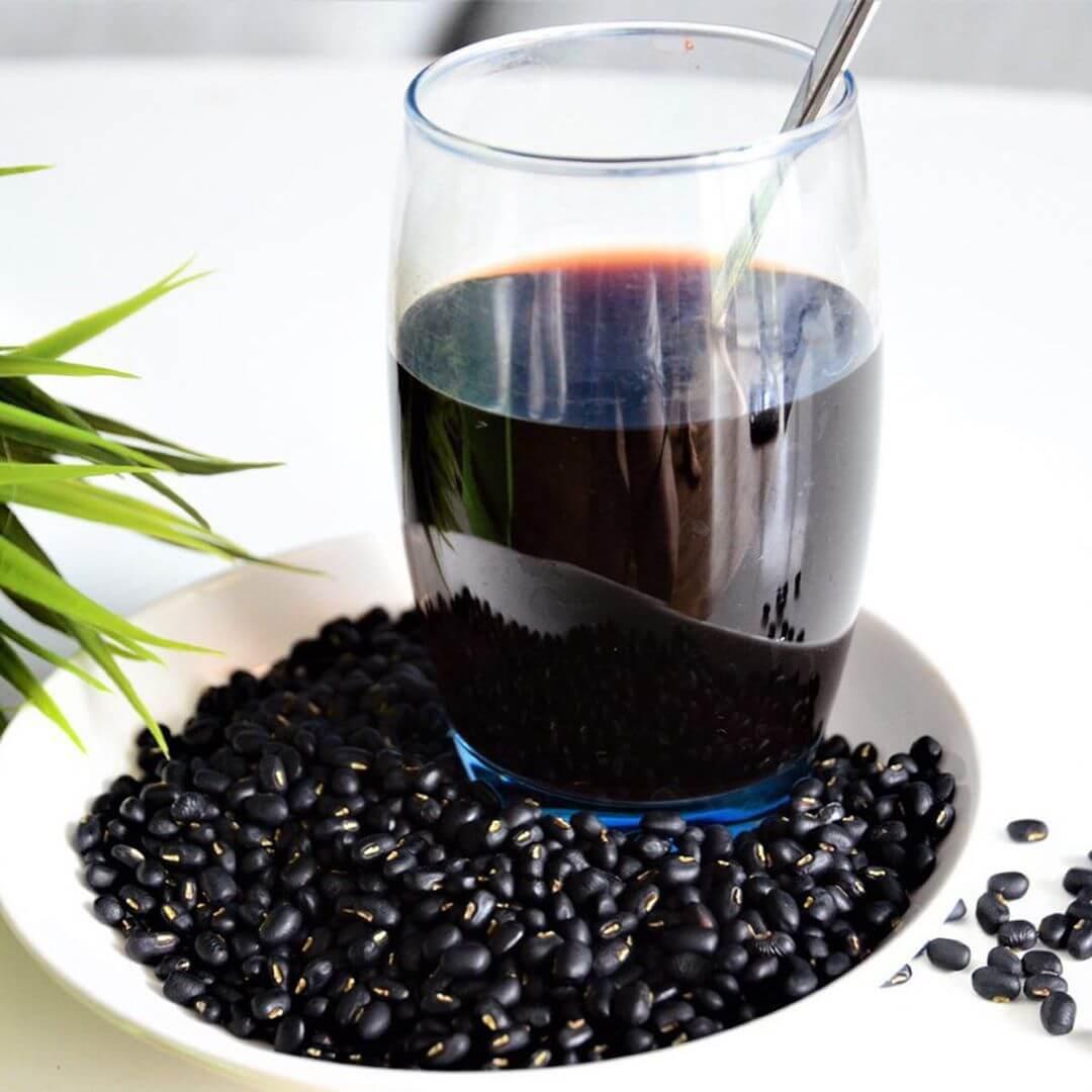 thuẹc phẩm ngăn ngừa mụn là nước đậu đen