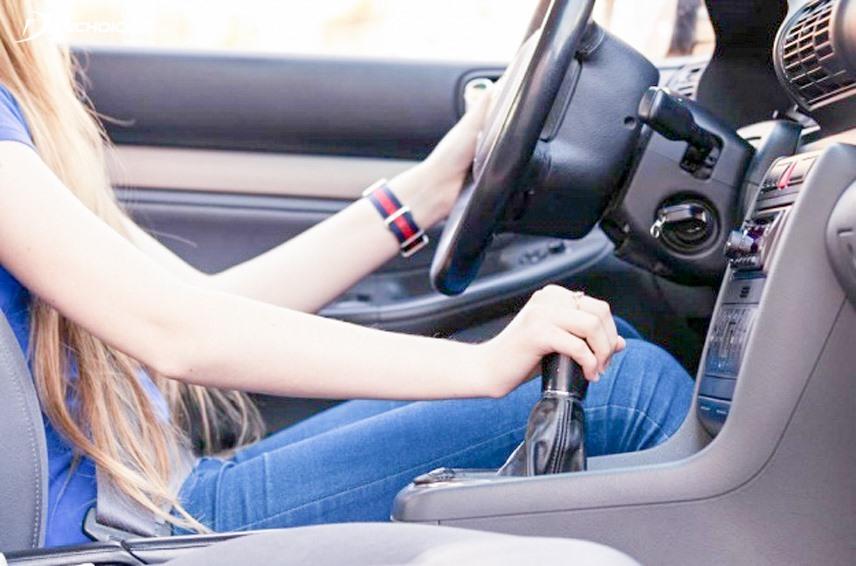Kinh nghiệm lái xe an toàn cho người mới tập lái   Tin tức mới nhất 24h - Đọc Báo Lao Động online - Laodong.vn