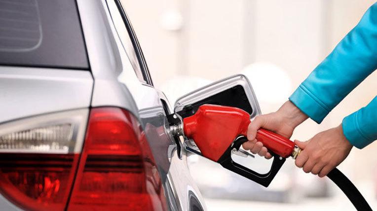 Mẹo giúp ô tô tiết kiệm xăng tối đa - VietNamNet