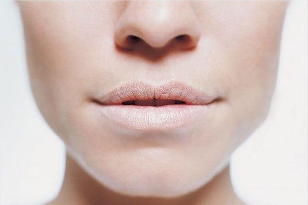 [Review] Kinh nghiệm chọn son cho môi thâm bạn nhất định phải biết