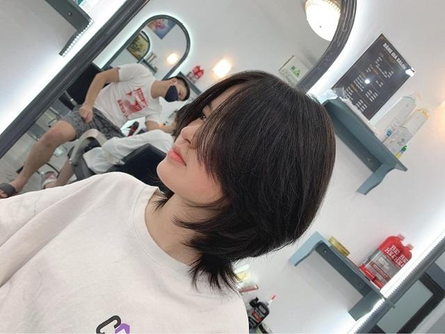 kiểu tóc mullet layer nữ cắt ngắn