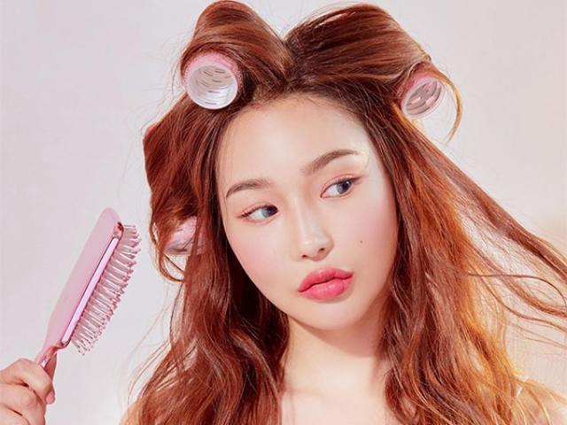 Lô cuốn tóc có thể giúp chị em tạo kiểu tóc xoăn tạm thời an toàn